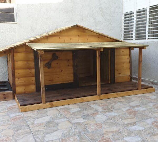מלונה לכלב מעץ